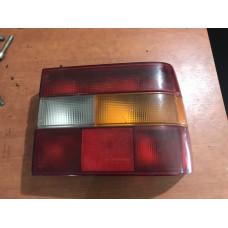 Правый фонарь 850 Volvo