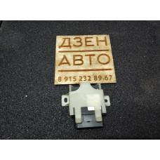 Реле электробензонасоса Audi Allroad